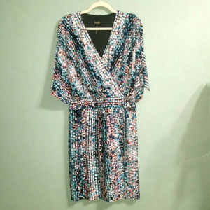 Laundry by Shelli Segal Batwing Multi Color Dress